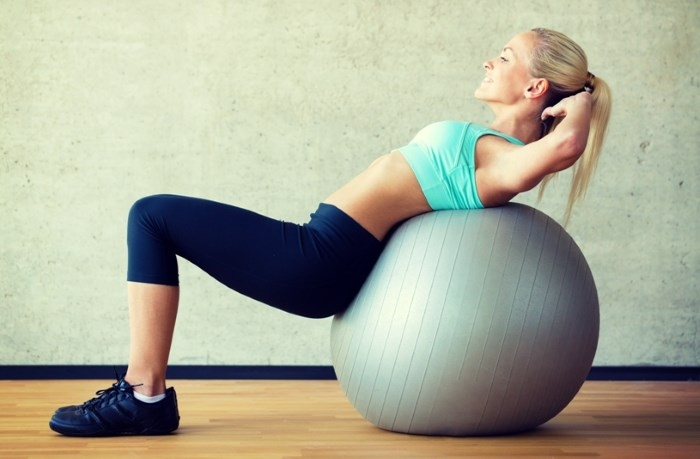 Спортивный инвентарь, чтобы создать красивое тело